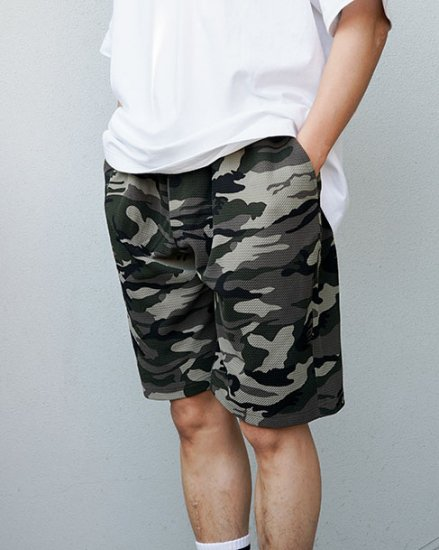 <img class='new_mark_img1' src='https://img.shop-pro.jp/img/new/icons43.gif' style='border:none;display:inline;margin:0px;padding:0px;width:auto;' />W-BASE x FAKIE STANCE CAMO SHORT PANTS CAMO