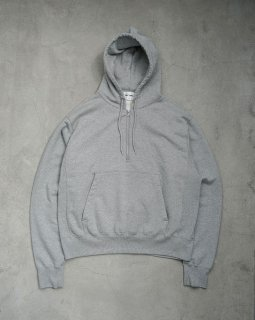 <img class='new_mark_img1' src='https://img.shop-pro.jp/img/new/icons1.gif' style='border:none;display:inline;margin:0px;padding:0px;width:auto;' />Half Zip Parka Gray