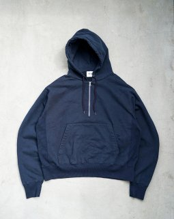 <img class='new_mark_img1' src='https://img.shop-pro.jp/img/new/icons1.gif' style='border:none;display:inline;margin:0px;padding:0px;width:auto;' />Half Zip Parka Navy