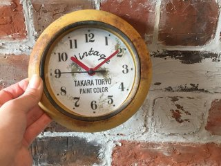 100均の時計をアメリカンジャンクスタイルにリメイク塗装した事例