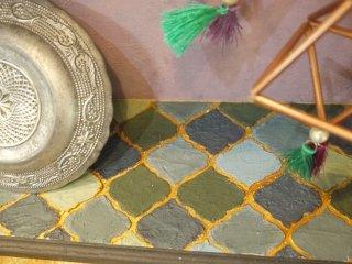 モロッカン風タイルをペンキで作った事例