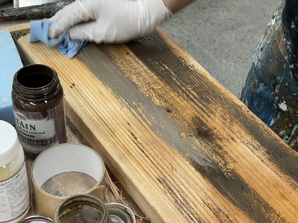 ガーデニングチェアを塗る