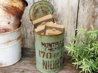 ナチュラルなスタイルに似合うサビ風リメイク缶