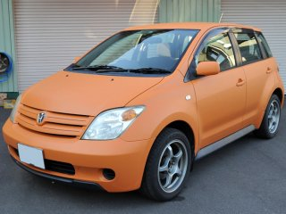 トヨタ イストをセレンゲッティオレンジで刷毛塗り全塗装!