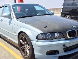 BMWを世田谷ベースカラーで刷毛塗り全塗装