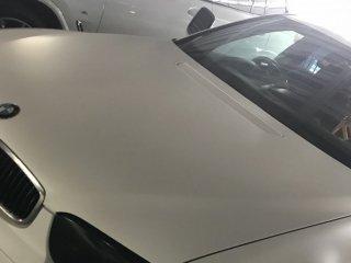 BMWをマットホワイトで全塗装!
