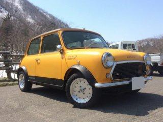 ミニをカスタムカラー 日本の伝統色山吹色(DIC N-793)で刷毛塗り全塗装!
