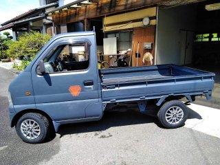 スズキ キャリイトラック型式DA52Tをレインブーツネイビーで刷毛塗り全塗装!