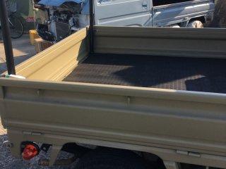 軽トラックをローデシアブラウンで全塗装