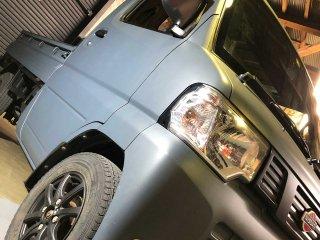 日産 クリッパートラックをレインブーツネイビーで刷毛塗り全塗装!