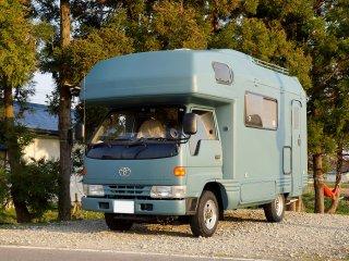 トヨタ カムロードをKURAYAオールドブルーシーで刷毛塗り全塗装