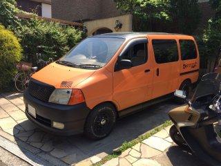 トヨタ グランドハイエースをセレンゲッティオレンジで刷毛塗り全塗装!