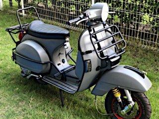 ピアッジオ ベスパPX200をフレンチグレーで刷毛塗り全塗装!