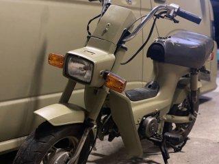 ホンダ シャリー50をローデシアブラウンで刷毛塗り全塗装!