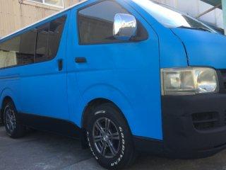 トヨタ ハイエースをカスタムカラー チュニジアンブルーで刷毛塗り全塗装!