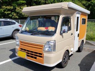 スズキ キャリイ軽キャンピングカーをミルクティーベージュで刷毛塗り全塗装!