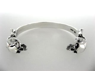 【CP-296】【CRAZY PIG】 Two Skulls Bangle (small)