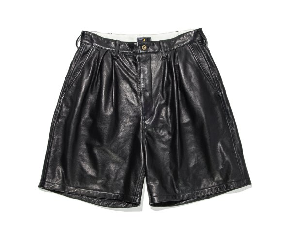 COW LEATHER WIDE SHORTS