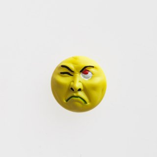 横尾忠則 アート立体バッジ「泣き笑い人生」:イエロー