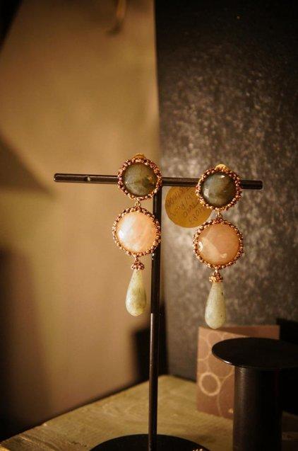 Daniela de Marchi long peacock Earrings/(イヤリング)OR1083 OTVIO Labrdorite/Rosa.Q/Labradoriteオーダー商品