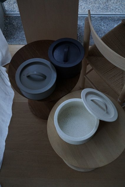 2016/arita BG/015 Cooking Pot 240 White Sprinkle