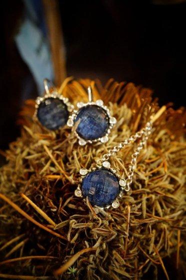 Diamond Small Pieces (ピアス)[OR1914 AGBR Sodalite/Onix/Crystal]