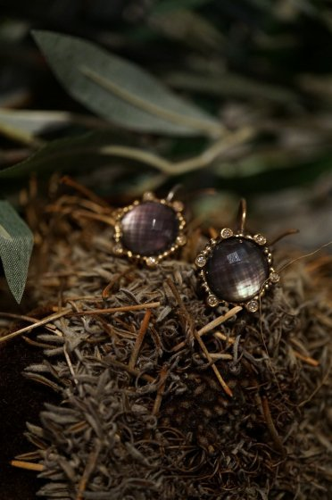 Diamond Small Pieces (ピアス)[OR1914 BZBR Amesist/Black mother of Pearl/Crystal]
