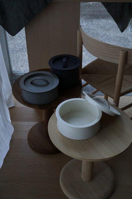 2016/arita BG/016 Cooking Pot 240 Grey Sprinkle