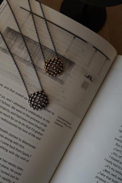 Diamond Pendant Necklace (ネックレス)[CL2902 AGBR]シルバーブラック
