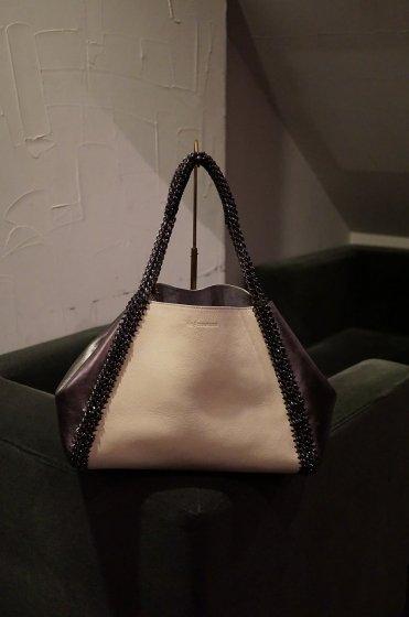 de Couture(デクチュール)チェーンレザートートバッグ横長Mサイズ Ivory/Metallic Silver[D14]