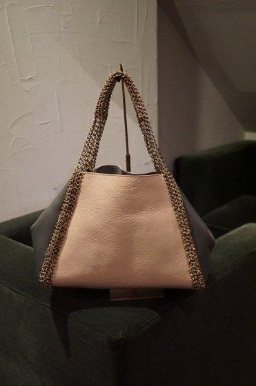 de Couture(デクチュール)チェーンレザートートバッグ横長Mサイズ  LightPink/Grey[D14]