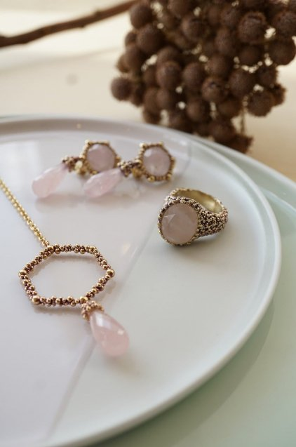 Honey Collection V-LINE Necklace(ネックレス)[CL 5618 OTVIO Rosa.Q]