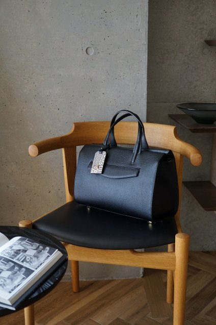 【4/18までの期間限定販売】JUNYA WARASHINA(ジュンヤ ワラシナ) 2WAY Leather(hand&Shoulder) bag MA mini,CH04 color:BLACK