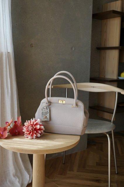 【期間限定販売】JUNYA WARASHINA(ジュンヤ ワラシナ) Leather handbag GURE color:SAND