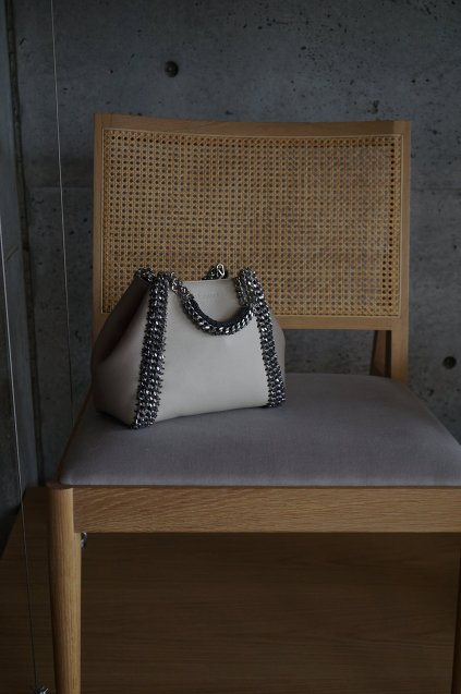 de Couture(デクチュール)2WAYチェーントートバッグSサイズ  Ivory/Alabaster(Lightgreige)