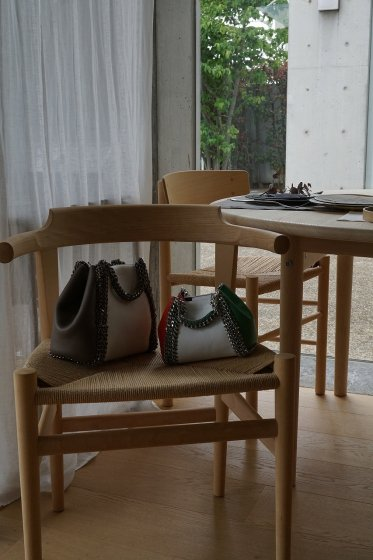de Couture(デクチュール)2WAYチェーントートバッグSSサイズ  White/Orange/Green(Tricolore)