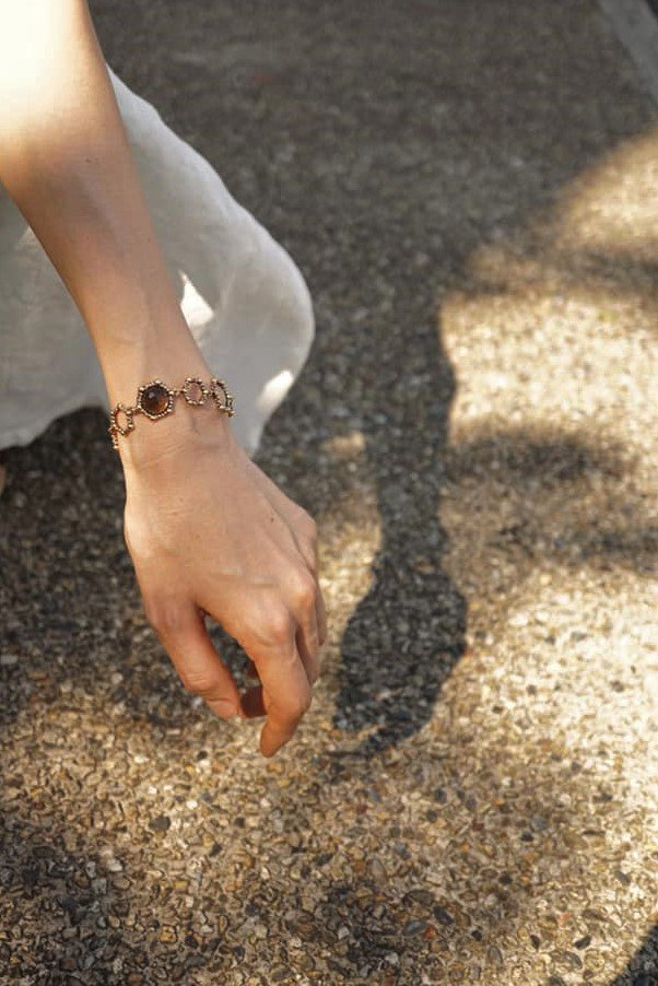 Honey Collection Bracelet with Stone(ブレスレット)BR 3112 OTBR Smoky.Q