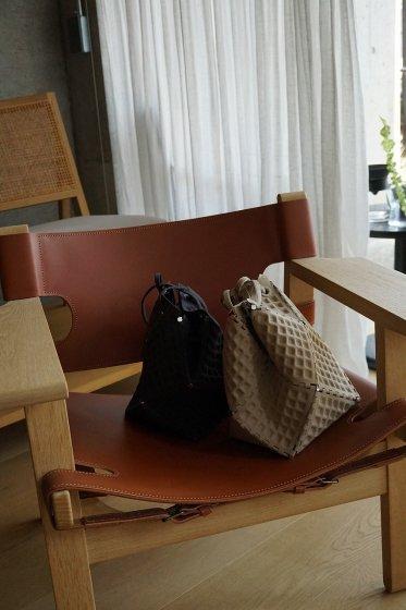 52 BY HIKARUMATSUMURA Miss ROBOT WAFFLE-Single(Beige)