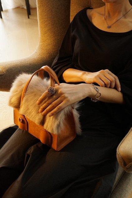 【期間限定販売】JUNYA WARASHINA(ジュンヤ ワラシナ) Handbag 2WAY Bell FUR 受注生産