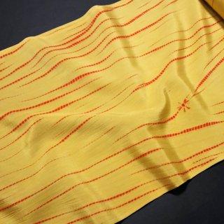 正絹長襦袢地 山吹色に朱色の柳絞り 蜘蛛絞り入り