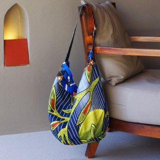 アフリカンバティックBAG/1点もの/持ち手に本革使用/柄もの大きなバッグ