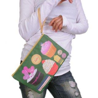 SWEET/カップケーキ柄ポーチ/レディースバッグ/小物入れ/かわいい/2カラー/