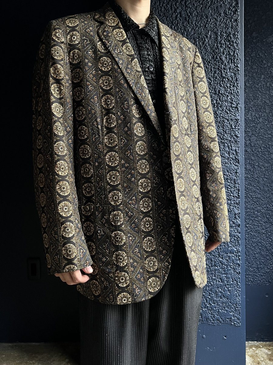 <img class='new_mark_img1' src='https://img.shop-pro.jp/img/new/icons14.gif' style='border:none;display:inline;margin:0px;padding:0px;width:auto;' />vintage oriental JKT