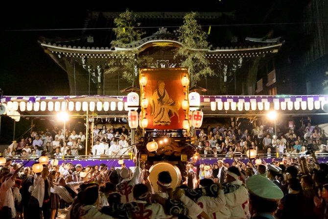 神社のお仕事を探す。桑名宗社の石取祭