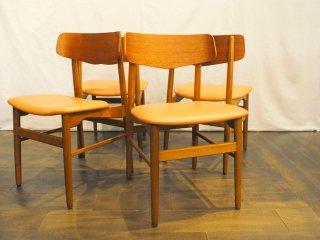 背もたれのデザインが特徴的<br>チーク ビーチ ダイニングチェア 4脚セット  dining chair 張替え済