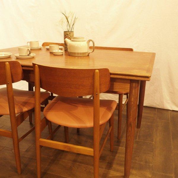 ゆったり4人で座れる1400ワイド Teak Rectangle Dining Table