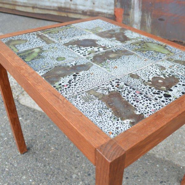 唯一無二!魅力の詰まったシックなタイルが素敵! Teak Tiletop Side Table