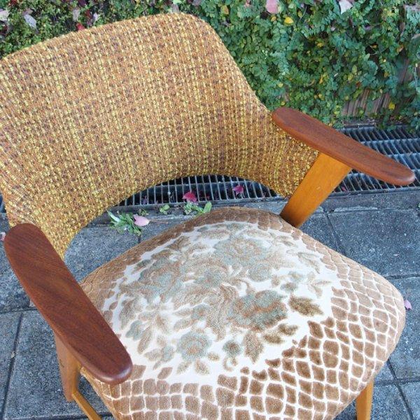 乙女心をくすぐるレトロな花柄ファブリックイージーチェア。 Teak×Beech Easy Chair