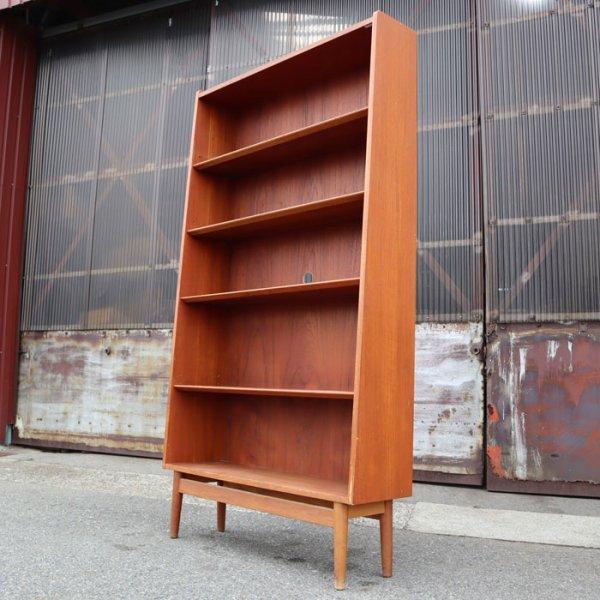 The Book Shelf。シンプル。美しく、さりげなく、使いやすい。 Teak Bookshelf