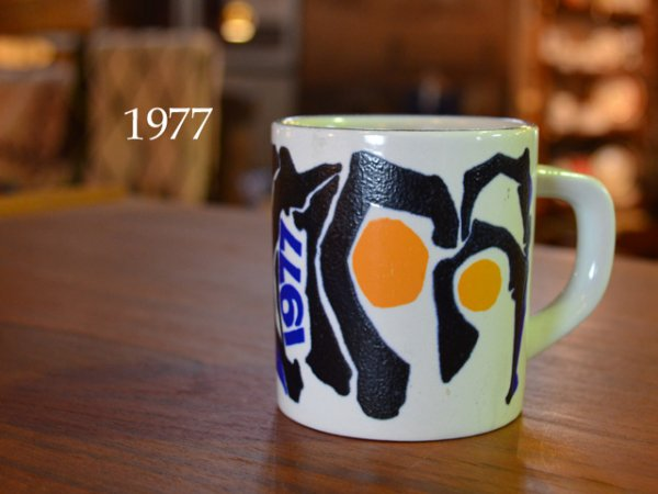 1977 Royal Copenhagen year mug <br>1977ロイヤルコペンハーゲン イヤーマグ